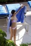 Selena-Gomez-Bikini-Florida-10