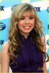 Jennette-at-the-American-Idol-Season-8-finale-jennette-mccurdy-6341912-817-1222