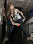 Jennette-McCurdy-Tour-2011-jennette-mccurdy-20877421-1942-2560