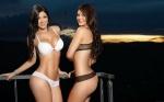 Mariana y Camila Davalos 04